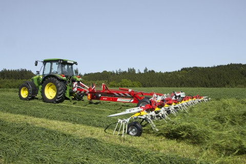 Pottinger's Hit range of Tedders improves and speeds drying of cut grass prior to harvesting